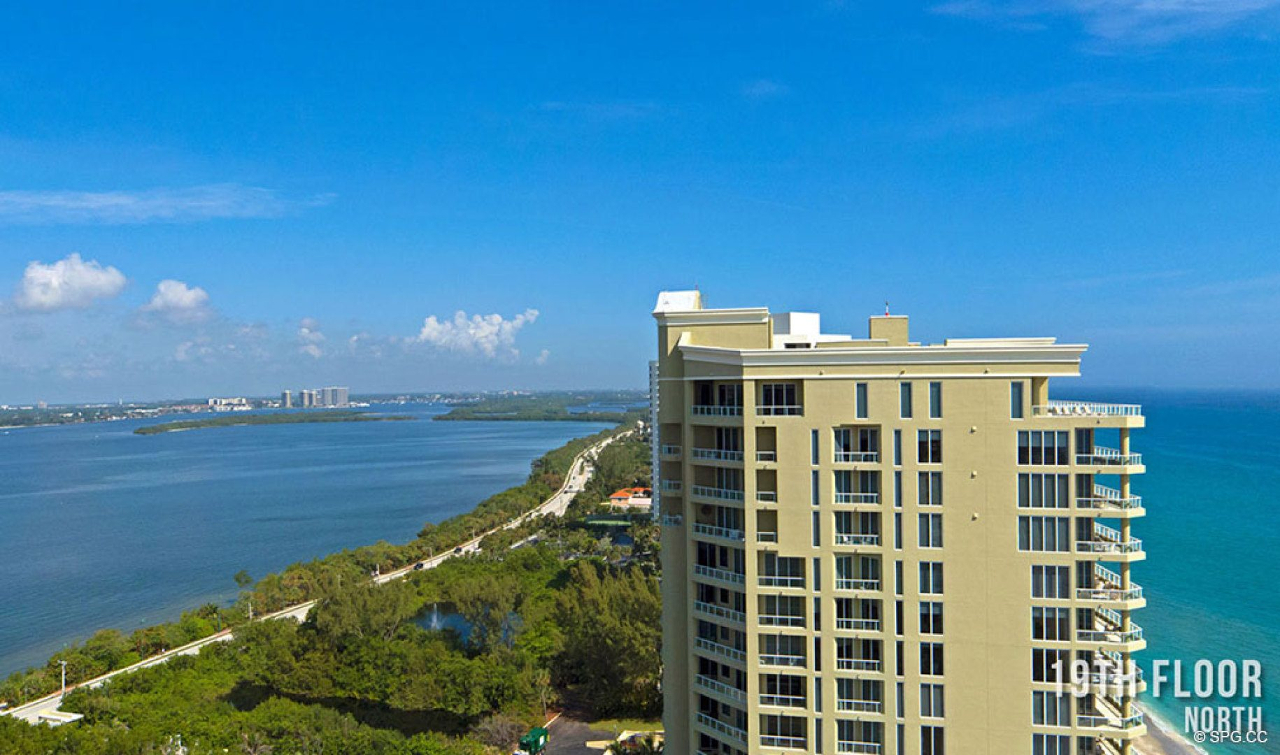 Nineteenth Floor Northern Views from 5000 North Ocean, Luxury Oceanfront Condos in Riviera Beach