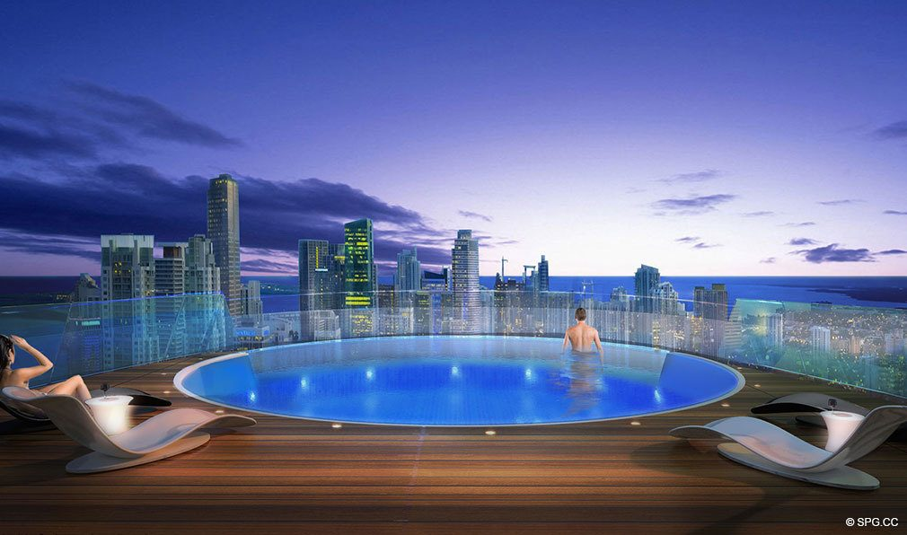 Roofdeck Infinity Pool at Paramount Miami Worldcenter, Luxury Seaside Condos in Miami, Florida 33132.