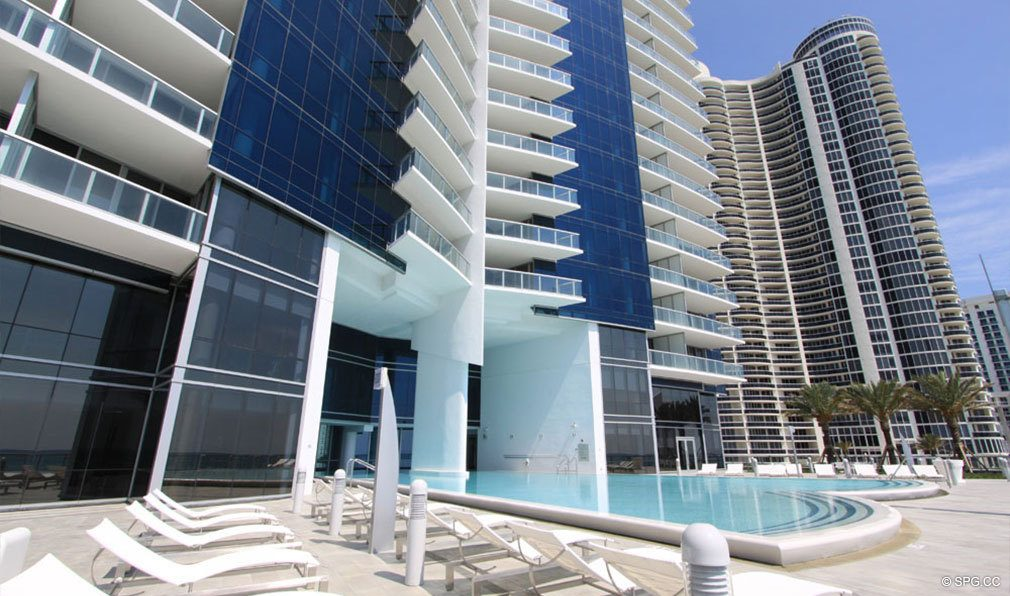 Pool Deck at Jade Ocean, Luxury Oceanfront Condos, Sunny Isles Beach, Florida 33160
