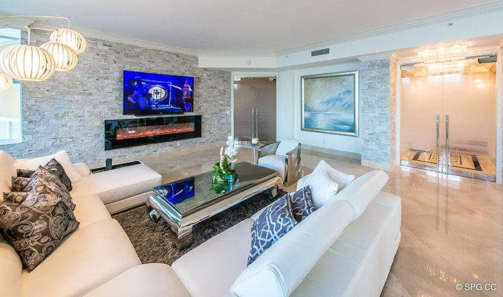 Spacious Living Room in Penthouse Residence 26A, Tower I at The Palms, Luxury Oceanfront Condos in Fort Lauderdale, Florida 33305.