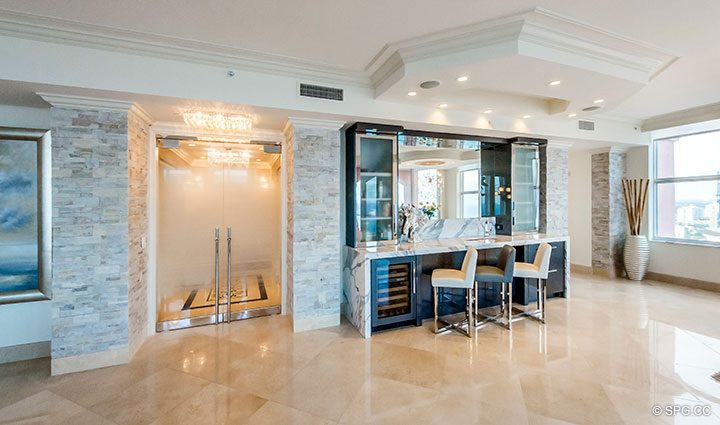 Great Room with Custom Bar in Penthouse Residence 26A, Tower I at The Palms, Luxury Oceanfront Condos in Fort Lauderdale, Florida 33305.